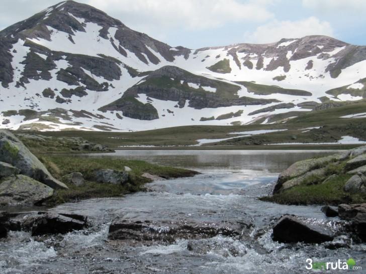 Canfranc – Canal Roya – Ibón Anayet – Pirineos