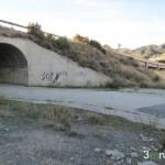 Tunel bajo la carretera