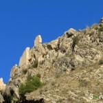 Sendero que bordea el Castillo de Xixona
