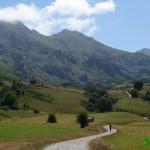 Camino hacia el Lago del Valle