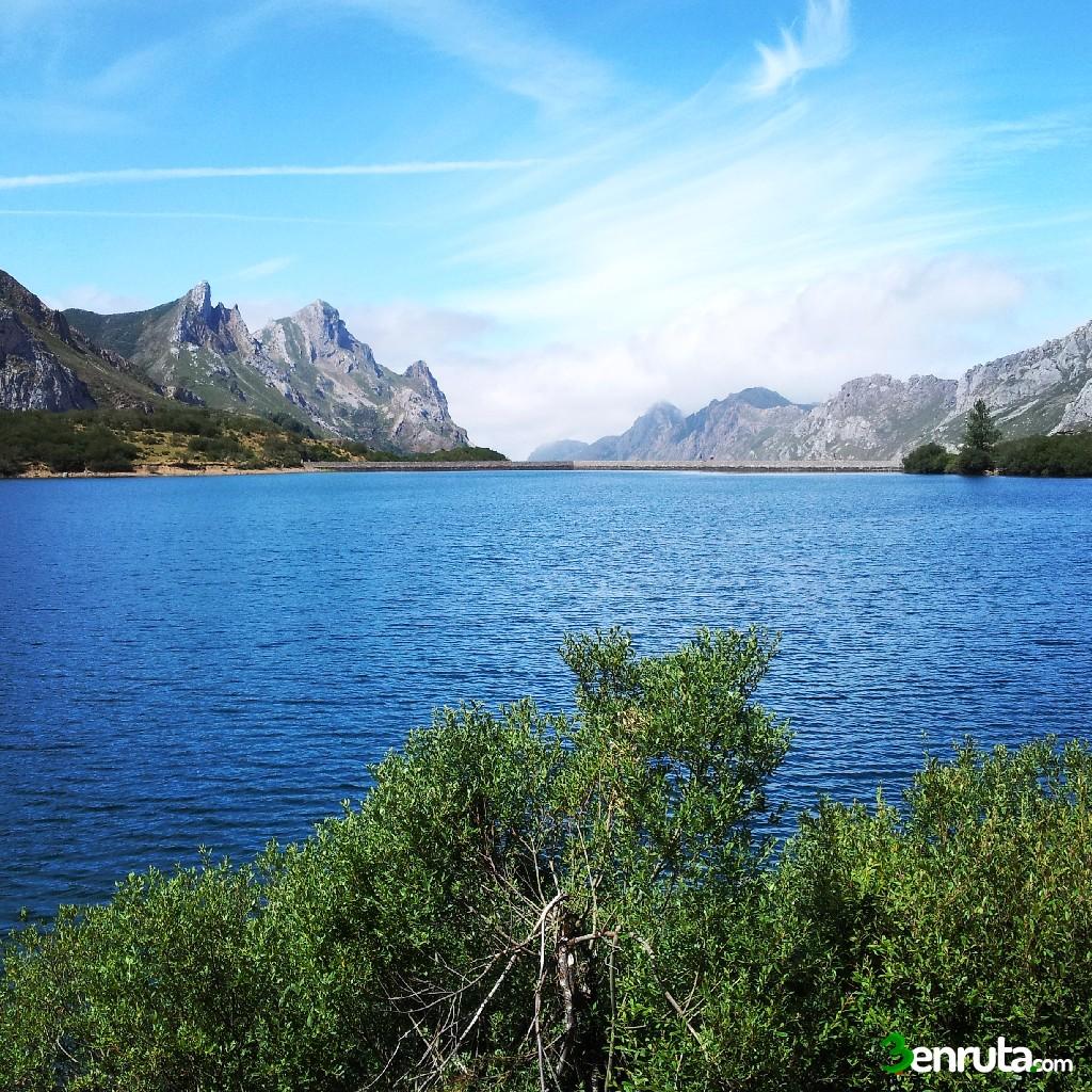 Vistas del lago desde la Cabaña Cobrana