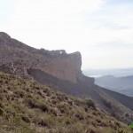 Vista de la Penya Migjorn desde el Collado de la Llentila