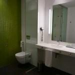 Baño de la habitación estándar del Hotel Enclave