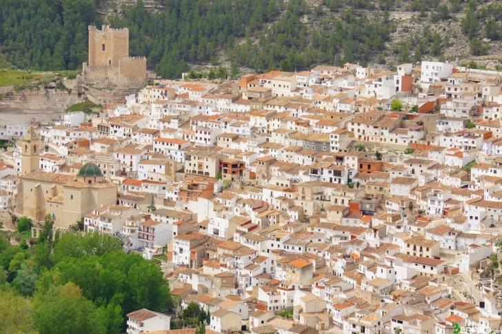 Castillo Alcalá del Júcar y Sendero del Morrón