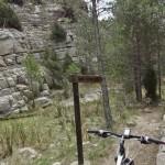 Senda hacia la Cascada de la Hiedra
