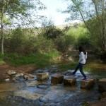 Cruzamos el río para ver la Fuente de la Señorita