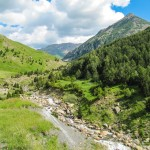 Senda hacia las cascadas y pico Cerler