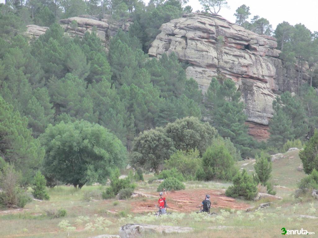 Formaciones rocosas en la Rambla Valdemadera