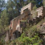 Antigua construccion de la cantera abandonada