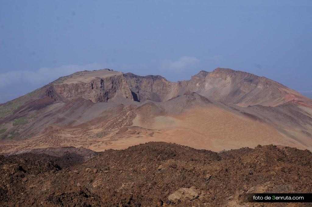 Vista del Crater de Pico Viejo desde el mirador