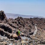 Bajando por el sendero desde el pico del Teide