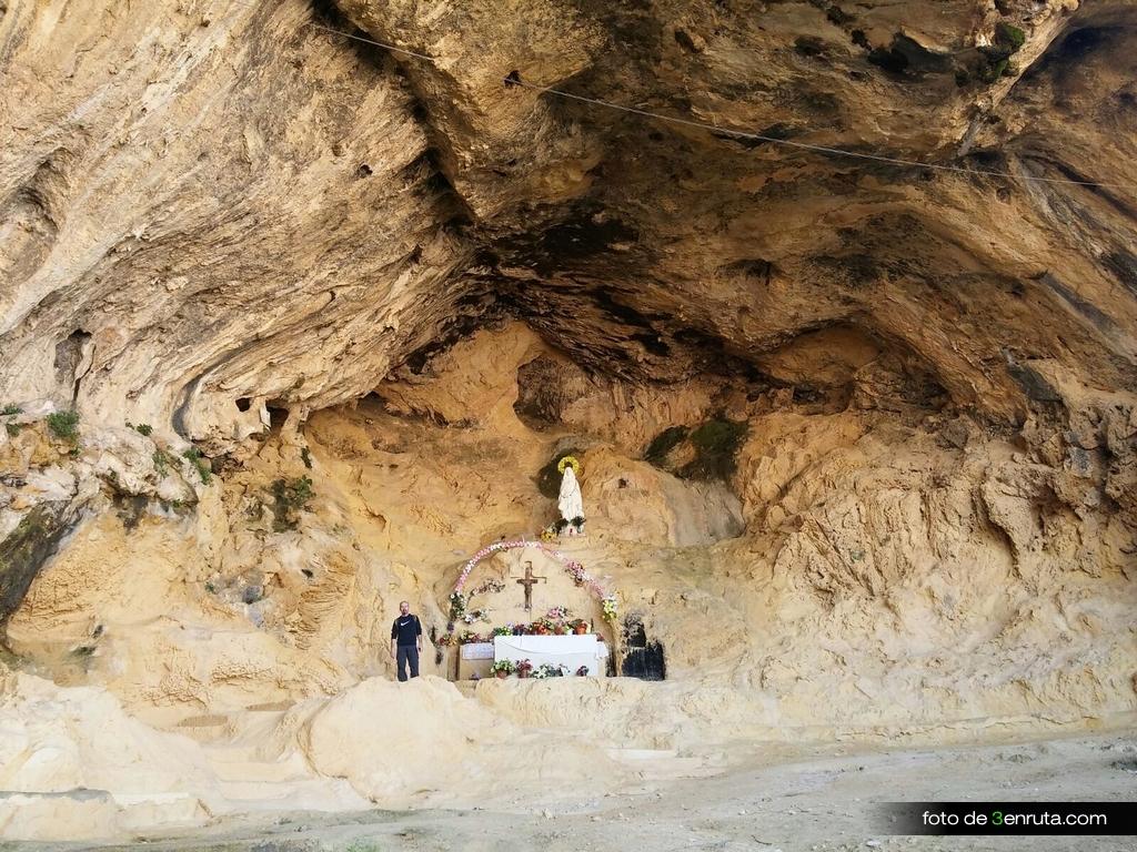 Cova dels Coloms