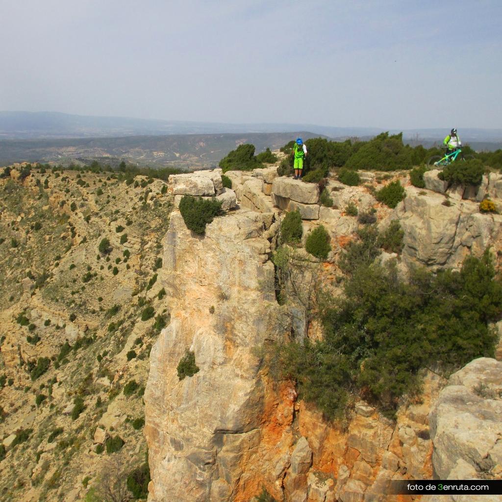 Acantilados de piedra del Peñarroya