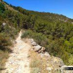 Sendero hacia las Casas del Cerro