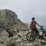 Nando en lo alto del Pass de la Rabosa con Forata al fondo