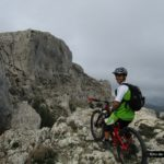 Kiko en lo alto del Pass de la Rabosa con Forata al fondo