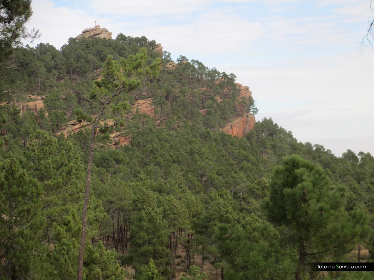 Vista del alto de la cruz desde la parte alta del sendero