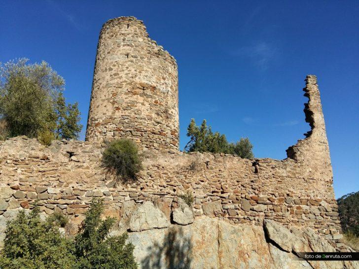 Ahín – Castillo de Benalí