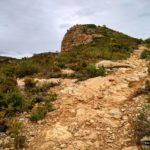 Sendero hacia el Pico del Tormo
