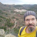 Un figura en el Pico del Tormo