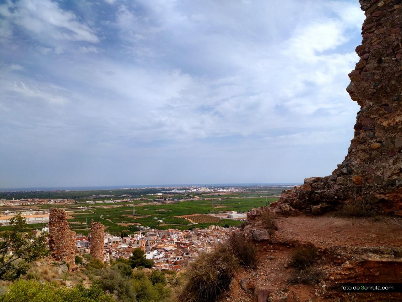 Varias torres del Castillo de la Vilavella