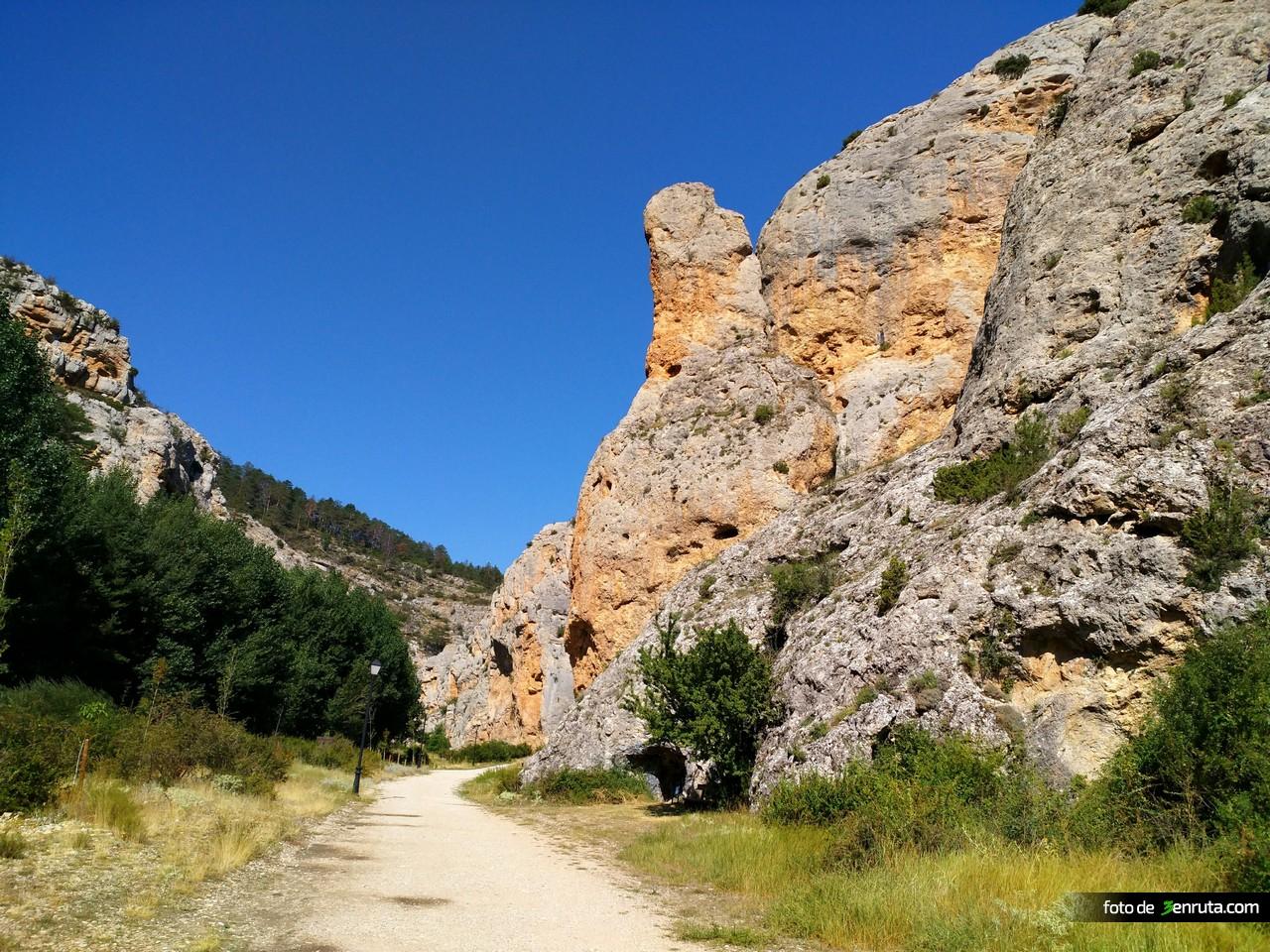 Inicio de la ruta del Barranco de la Hoz
