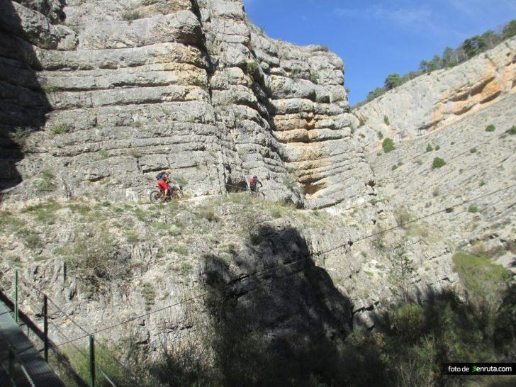 «El coño de la Bernarda» – Torres de A. – Salto de Pero Gil – Calomarde
