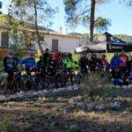 Grupo de invitados a la inauguración del bikepark