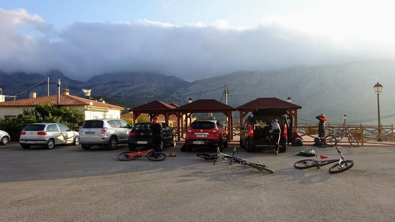 Punto de inicio y fin de la ruta en Beniardà