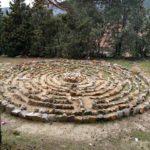 Curioso circulo de piedras cerca del Santuario de San Juan Bautista