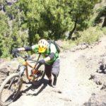 Cuando bajamos de la bici normalmente es para empujar unos metros