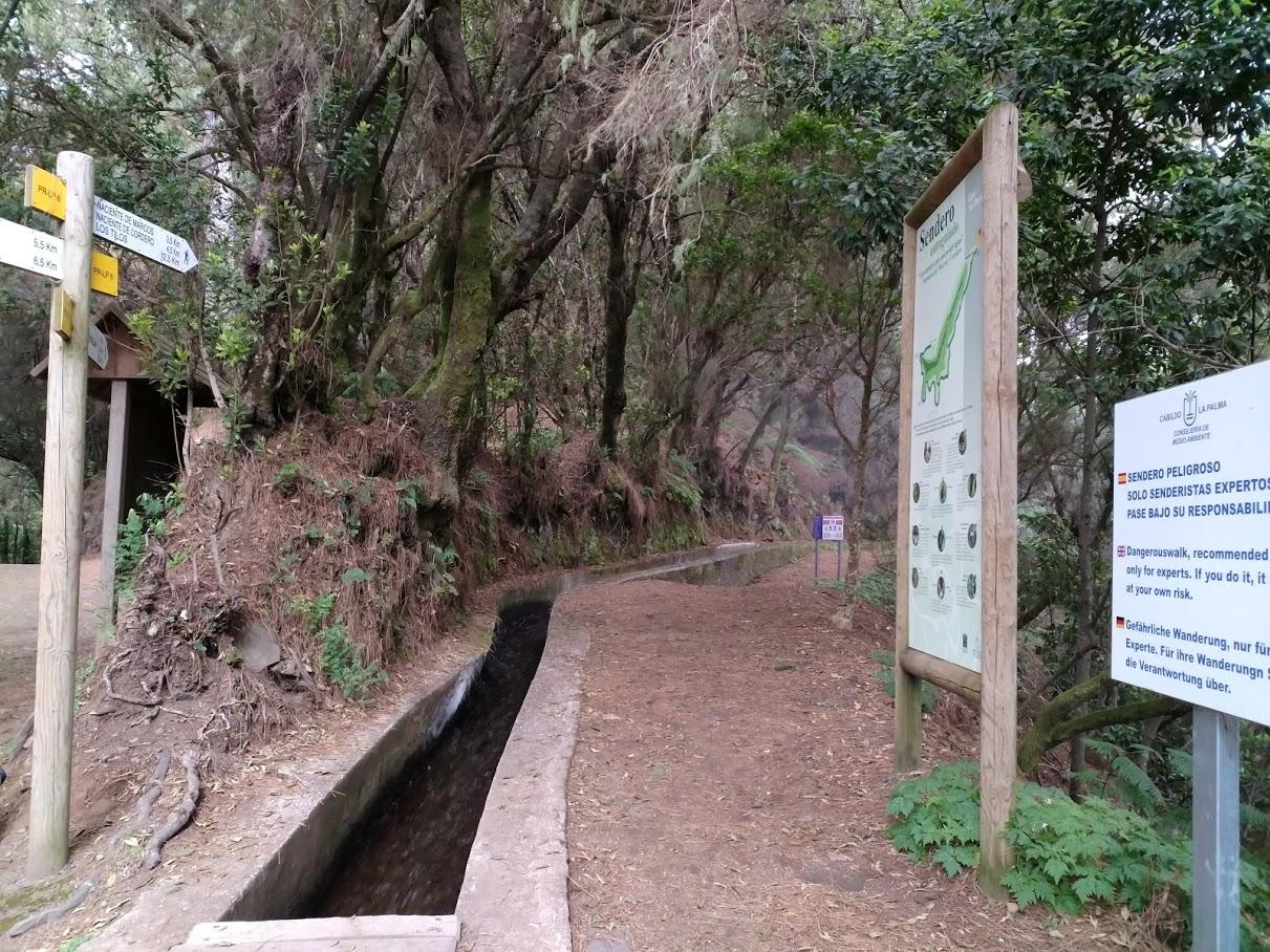Inicio de la ruta de las nacientes de Marcos y Cordero
