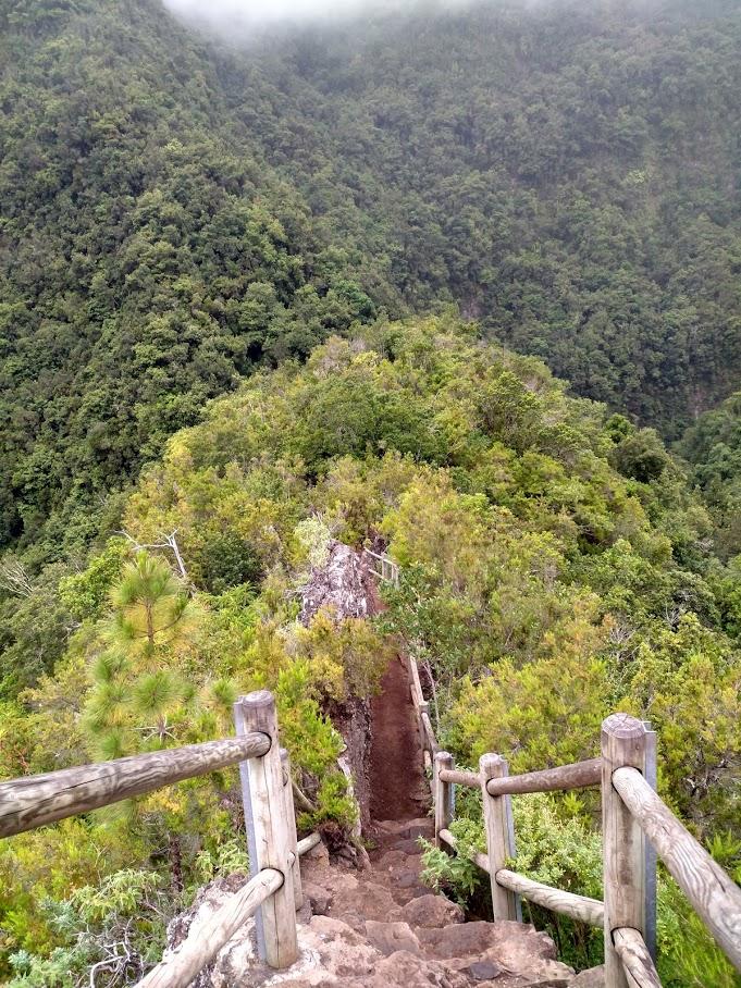Escalones del Mirador del Espigón Atravesado
