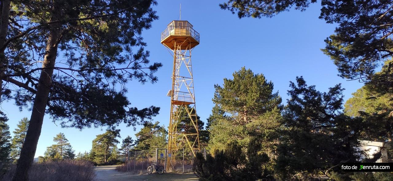 Torre Forestal en el Cerro Marinero