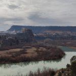 Vista del rio Cabriel y Cofrentes desde el inicio de la senda
