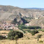Vista del Barrio del Arrabal de Albarracín desdesde el inicio de la subida