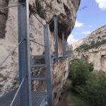 Vista de una de las pasarelas de la ruta de la Hoz Mala de Aliaga