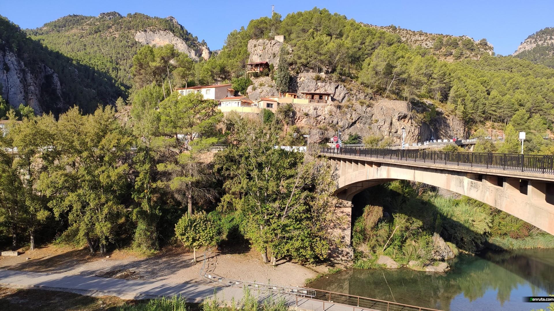 Vistas desde el Mirador del Rio de Montanejos
