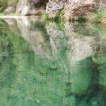 El agua del rio Matarraña es muy clara