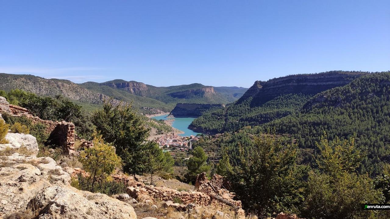 Vista del embalse de Arenoso desde El Chorrico