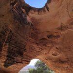 Vista de la Cueva de la Horadada y la ventana superior
