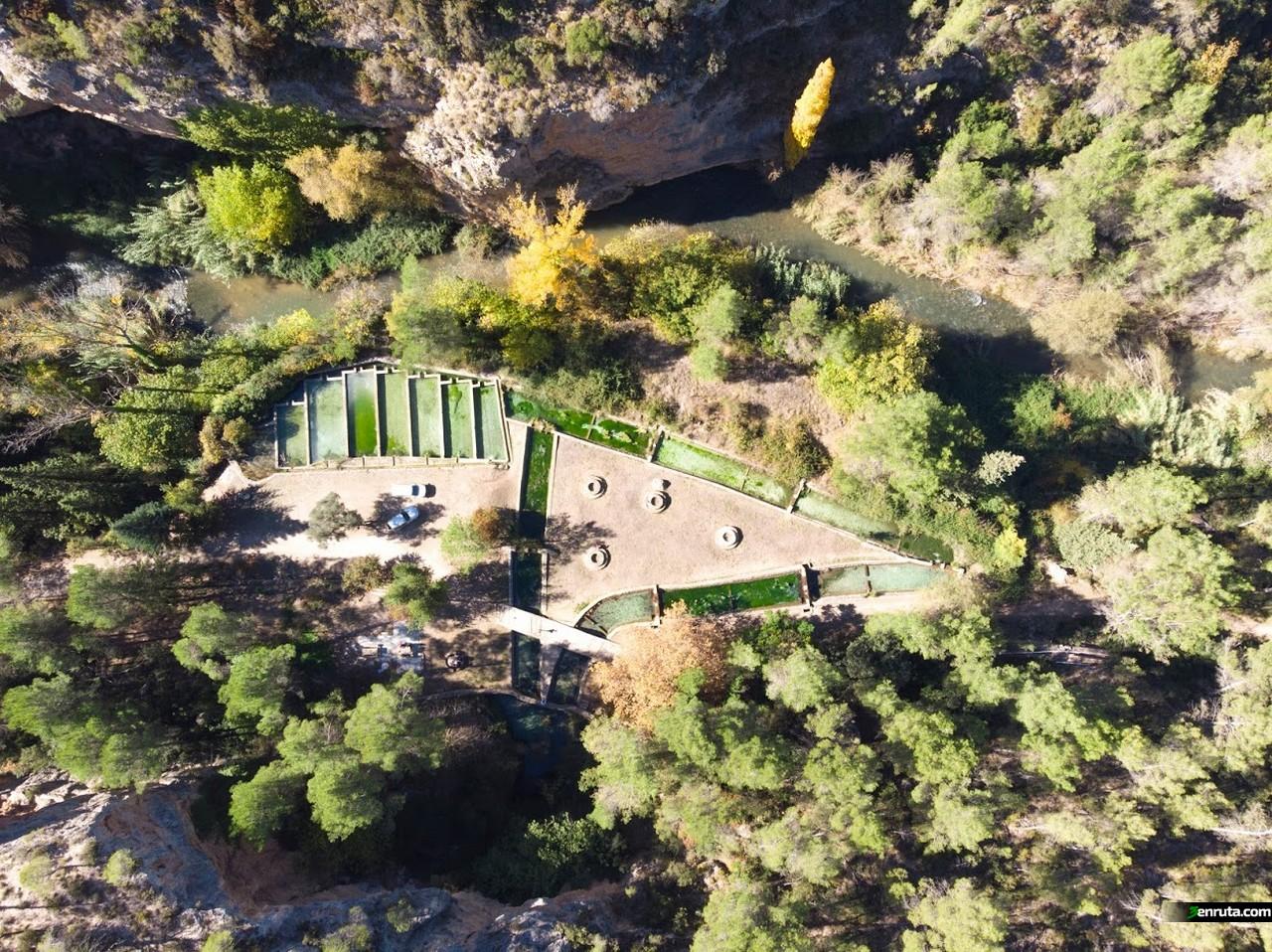 Vista aérea de la piscifactoría de la Tosquilla