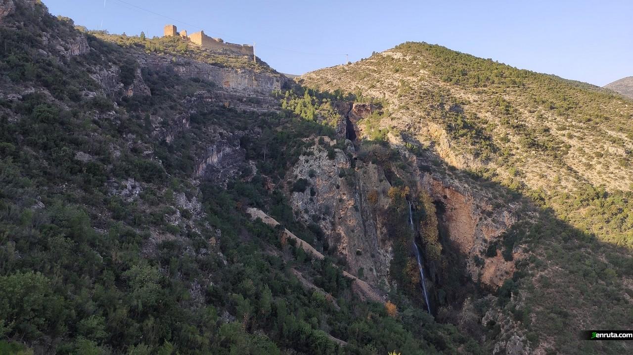 Ya divisamos el Monstruo de Millares bajo el Castillo