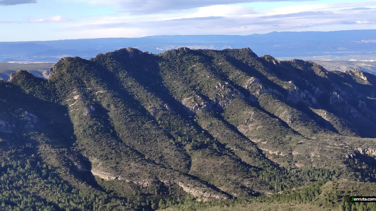 Serra de les Agulles desde el Pic de la Ratlla
