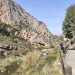 Camino de la Vuelta de la Hoz de Jérica junto al rio Palancia