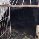 Puerta de entrada a la Cueva del Murciélago