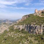 Vista del Castillo de Chirel con el ebalse a sus pies